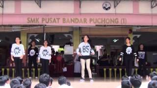 getlinkyoutube.com-K-Pop Dance (Form 3 and 4) - Teachers Day '14
