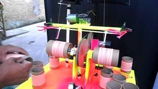 getlinkyoutube.com-maquina de enrolar linha no tubete - artment rabiola