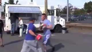 getlinkyoutube.com-Jak wygrać walkę z głową na ulicy ...