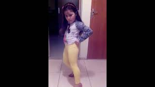 getlinkyoutube.com-Princesa dançando