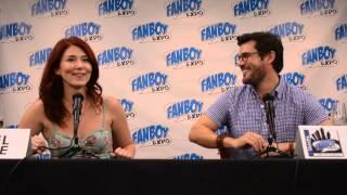 getlinkyoutube.com-Fanboy expo saturday, Firefly Jewel Staite & Sean Maher Panel 1080PHD pt#2