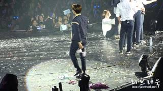 getlinkyoutube.com-Happy Birthday Ryeowook 2015