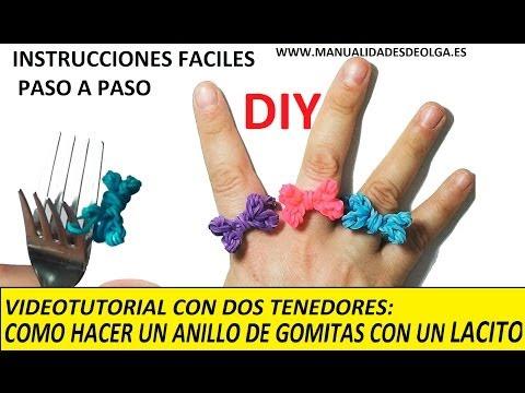 COMO HACER UN ANILLO CON UNA LACITO DE GOMITAS CON DOS TENEDORES. MUY FACIL. VIDEO TUTORIAL DIY