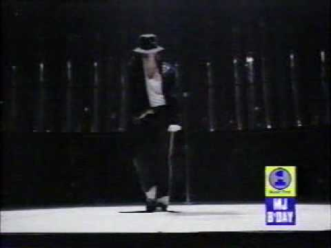Michael jackson-moonwalk