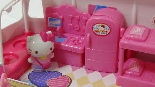 getlinkyoutube.com-Hello Kitty いっしょにおでかけ!キャンピングカー