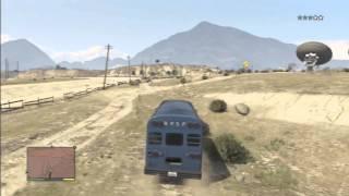 getlinkyoutube.com-Astuce et Secret GTA 5 : Entrer dans la prison , Phantom , Bus du prisonnier !