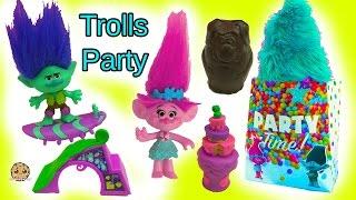 getlinkyoutube.com-Party With Dreamworks Trolls Poppy, Branch, Guy Diamond & DJ Suki with LPS