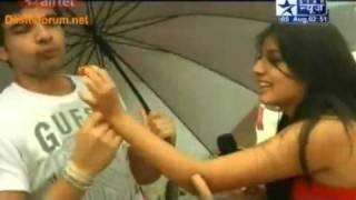 getlinkyoutube.com-Lonavala Mein Karan and kritika and additi gupta Ki Masti Part 2 on SBS 05 august 2011