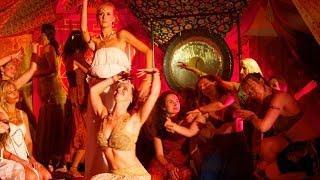 getlinkyoutube.com-Beautiful Shakti Celebration at Tantra Festival 2013 (condensed)