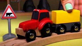 getlinkyoutube.com-Развивающее видео про паровозики в городе Брио и часы на вокзальной станции