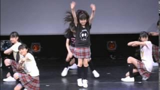 getlinkyoutube.com-Babymetal~Sakura Gakuin~awesome cute dance Su,Yui,Moa~2010(HQ)