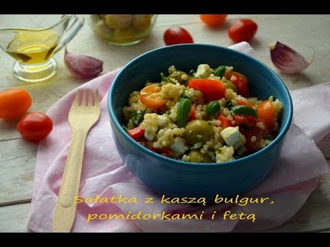 Sałatka z kaszą bulgur, pomidorkami i fetą