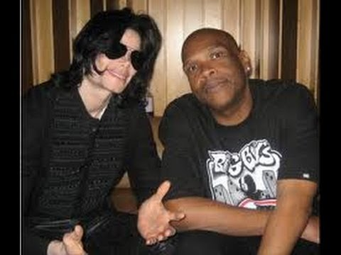 Michael Jackson's Still Alive!!!! (Latest Video of Michael Jackson 2013!)
