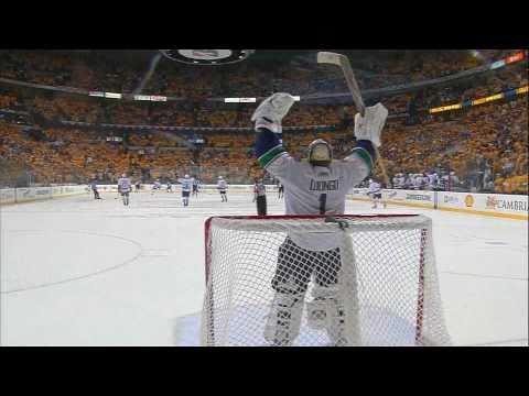 Henrik Sedin 4-2 Goal - Canucks at Predators - R2G4 2011 Playoffs - 05.05.11 - HD