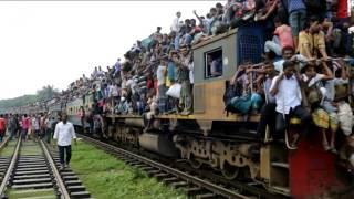 getlinkyoutube.com-Trenes abarrotados de vuelta a casa para celebrar la Fiesta del Cordero