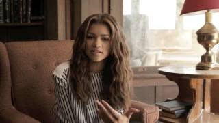 getlinkyoutube.com-ZENDAYA