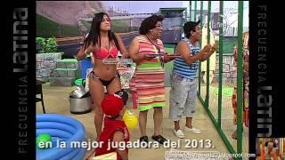 Fatima Segovia La Chuecona en tanga  08 02 2014