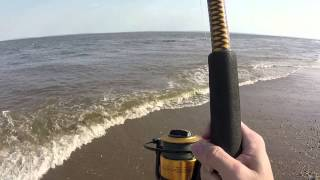 getlinkyoutube.com-Surf Fishing for Bluefish (Spring 2015)