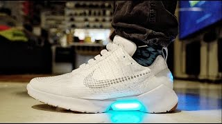 getlinkyoutube.com-HYPERADAPT MOTORIZED SELF LACING Nike's