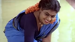 getlinkyoutube.com-Man misbehaves with maid | Muthu | Tamil Movie | Part 5