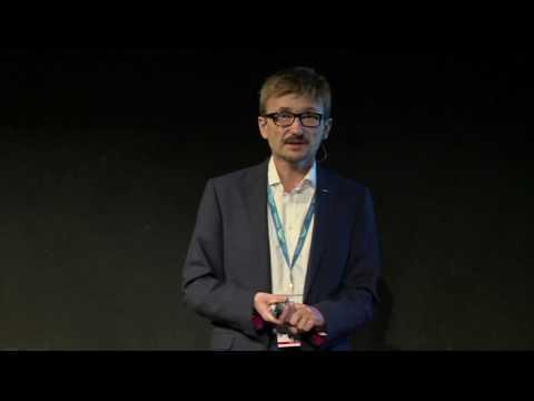Nowy model mobilności miast | Grzegorz Benysek | TEDxBielskoBiała