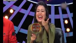 CRAZY-CONTESTANTS-At-Indian-Idol-10 width=