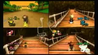 getlinkyoutube.com-05.16.2012 Mario Kart Wii 4-Player Splitscreen