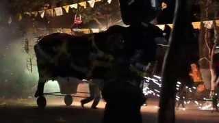 getlinkyoutube.com-Quema de toro el chinelo San gregorio cuautzingo (tornafiesta) 24/04/2013