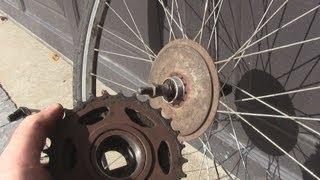 getlinkyoutube.com-How to Change a Freewheel/Cassette on a Bicycle