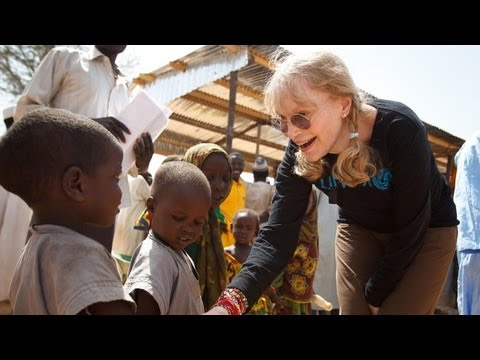 UNICEF Goodwill Ambassador Mia Farrow visits malnourished children in Chad