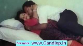 Mallu Aunty sari hot
