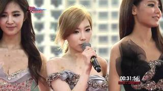 getlinkyoutube.com-111129 SNSD - 2011 MAMA Red Carpet in Singapore