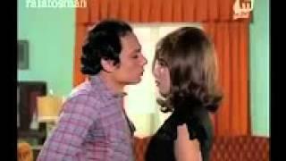 getlinkyoutube.com-قبلات حاره ناهد شريف وعادل امام  YouTube