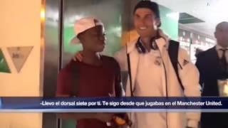 Charly Musonda JR waits after the match to meet his idol Cristiano Ronaldo !