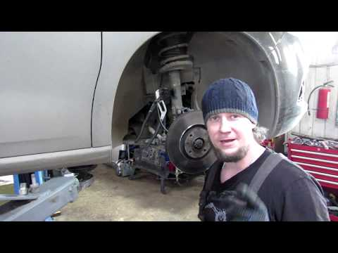 How to replace stabilizer link Citroen c4 Замена стойки стабилизатора Citroen C4 DS4