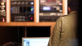 Ryan Leslie - Beautiful Lie (En Studio)