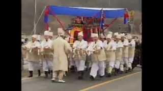 getlinkyoutube.com-이제가면 언제 오나? -전통상여 장례식 (선소리꾼 무형문화제) Korea Traditional funerals