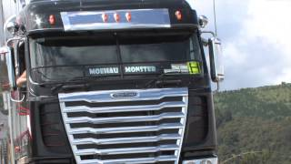 getlinkyoutube.com-Freightliner Argosy Logger 2012 model under logs