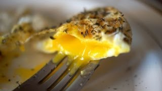 getlinkyoutube.com-Perfect Fried Eggs - 4 Easy Ways - Bruno Albouze - THE REAL DEAL
