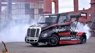 Drifturi senzationale facute de un camion