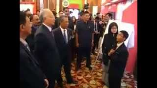 getlinkyoutube.com-Najib dimalukan dgn budok skoloh jawapannya adalah BABI