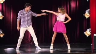 getlinkyoutube.com-Violetta 2 - Vilu y León bailan juntos
