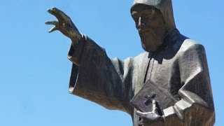 getlinkyoutube.com-Saint Charbel - Ya Ghafi w 3younak - Majida al Roumi