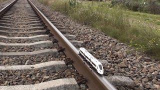 getlinkyoutube.com-Lego train 60051 on real train tracks