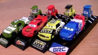 getlinkyoutube.com-Cars 2 Pit Crew Launchers Raoul Caroule Pitty Lightning McQueen, Leak Less Disney Pixar 2013 Racers