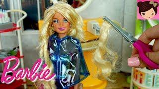 Cutting Barbies Hair in Toy Beauty Salon - Cut & Style Dolls  - Titi Toys