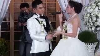 getlinkyoutube.com-เซอร์ไพรส์สุดซึ้ง ฉันดีใจที่มีเธอ - กระแต ศุภักษร ในงานแต่งงาน #KrataeLuizaWedding เจ้าบ่าวคุณหลุยส์