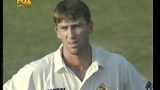 getlinkyoutube.com-The day Glenn McGrath discovered Pakistan umpires. 2 plumb lbw's turned down.