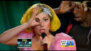 getlinkyoutube.com-Lady Gaga - Applause (Live @ GMA) [HD]