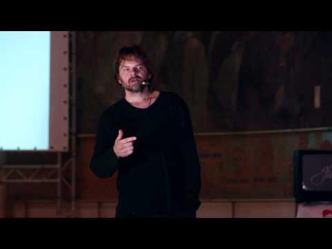 Lenes. Fraier. Infantil: Florin Piersic Jr. at TEDxCluj